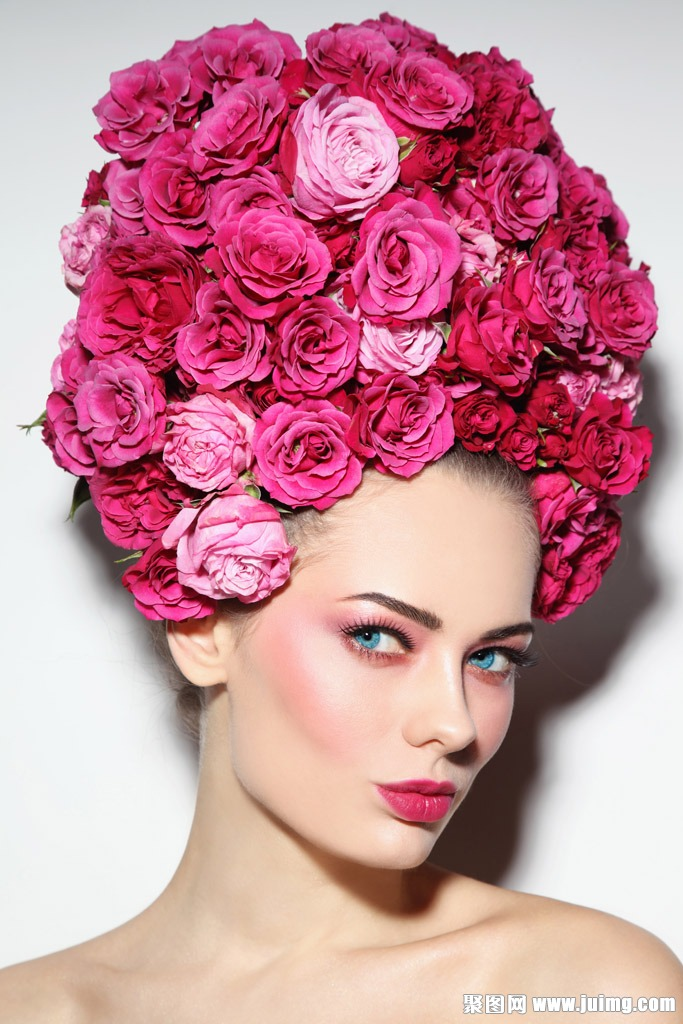 玫瑰花彩妆美女